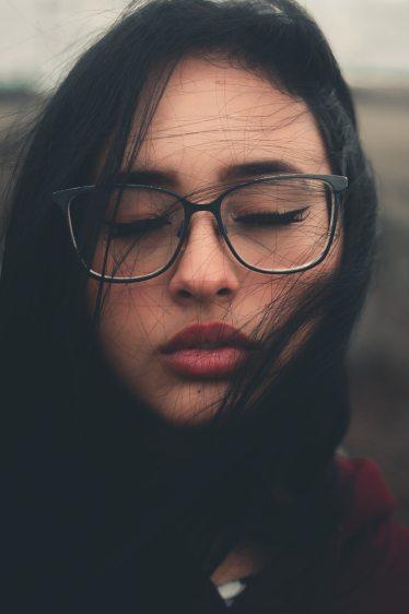 beautiful-woman-brunette-close-up-2067989